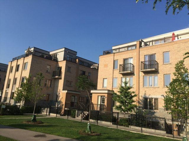 Condo Townhouse at 10 Foundry Ave, Unit 229, Toronto, Ontario. Image 3
