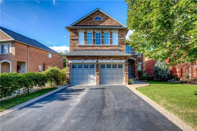 Detached at 2103 Summer Heights Tr, Oakville, Ontario. Image 1