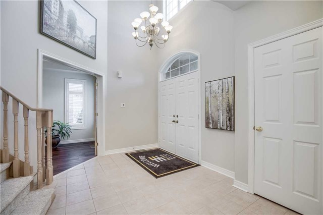 Detached at 2103 Summer Heights Tr, Oakville, Ontario. Image 14