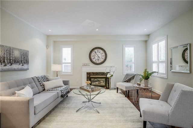 Detached at 2103 Summer Heights Tr, Oakville, Ontario. Image 15