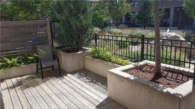 Condo Townhouse at 383 Prince Of Wales Dr, Unit 104, Mississauga, Ontario. Image 9
