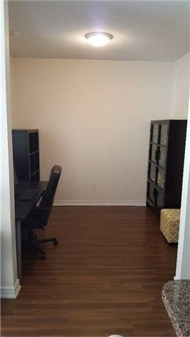 Condo Townhouse at 383 Prince Of Wales Dr, Unit 104, Mississauga, Ontario. Image 12