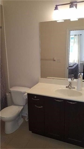 Condo Townhouse at 383 Prince Of Wales Dr, Unit 104, Mississauga, Ontario. Image 14
