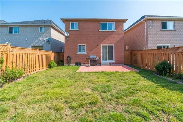Detached at 2090 Frontier Dr, Oakville, Ontario. Image 10