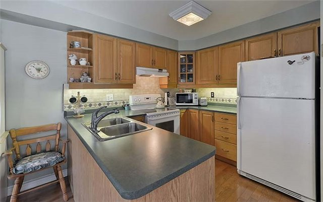 Condo Townhouse at 2665 Thomas St, Unit 59, Mississauga, Ontario. Image 20