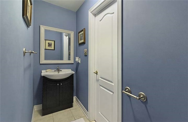 Condo Townhouse at 2665 Thomas St, Unit 59, Mississauga, Ontario. Image 3
