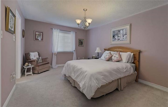 Condo Townhouse at 2665 Thomas St, Unit 59, Mississauga, Ontario. Image 4