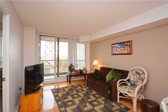 Condo Apartment at 4090 Living Arts Dr, Unit 2309, Mississauga, Ontario. Image 20