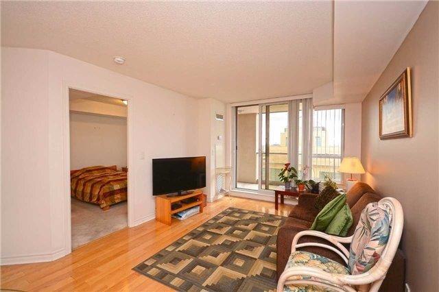 Condo Apartment at 4090 Living Arts Dr, Unit 2309, Mississauga, Ontario. Image 2