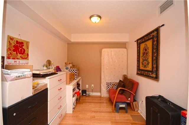 Condo Apartment at 4090 Living Arts Dr, Unit 2309, Mississauga, Ontario. Image 6