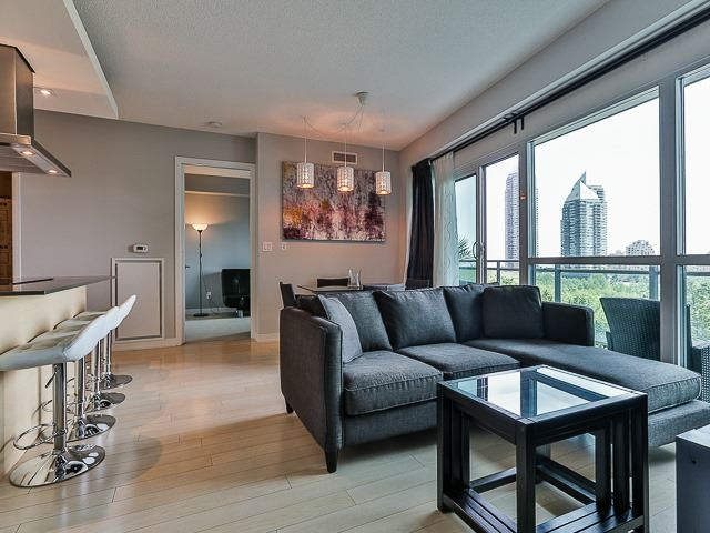 Condo Apartment at 165 Legion Rd N, Unit 630, Toronto, Ontario. Image 2