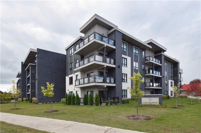 Condo Apartment at 3170 Erin Mills  Pkwy, Unit 323, Mississauga, Ontario. Image 1