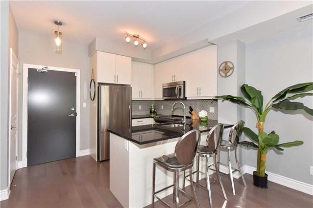 Condo Apartment at 3170 Erin Mills  Pkwy, Unit 323, Mississauga, Ontario. Image 17