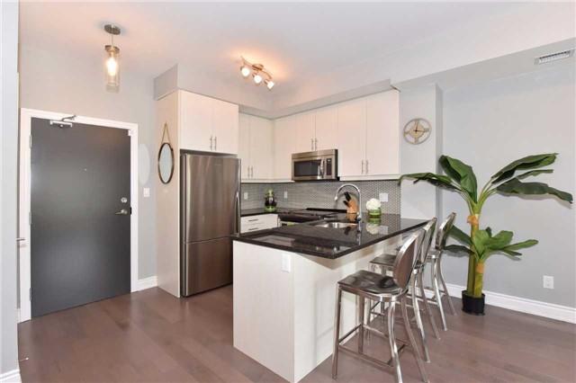 Condo Apartment at 3170 Erin Mills  Pkwy, Unit 323, Mississauga, Ontario. Image 18