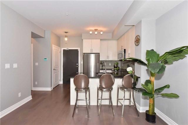Condo Apartment at 3170 Erin Mills  Pkwy, Unit 323, Mississauga, Ontario. Image 2
