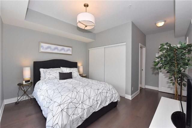 Condo Apartment at 3170 Erin Mills  Pkwy, Unit 323, Mississauga, Ontario. Image 7