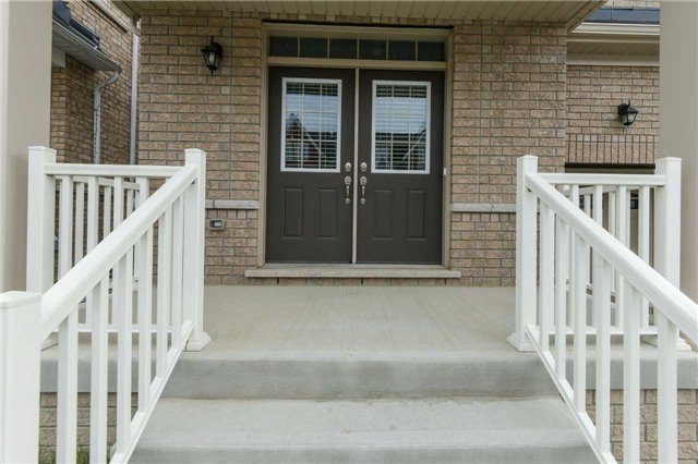 Detached at 37 Meadowcreek Rd, Caledon, Ontario. Image 12