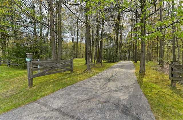 Rural Residence at 10193 Old Church Rd, Caledon, Ontario. Image 1