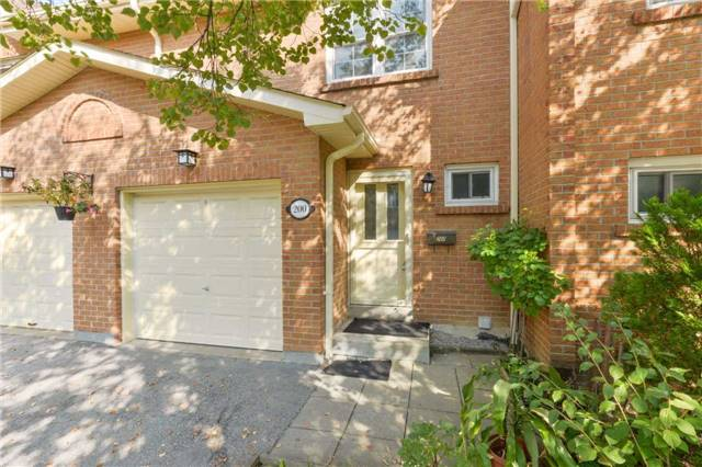 Condo Townhouse at 1951 Rathburn Rd E, Unit 200, Mississauga, Ontario. Image 12