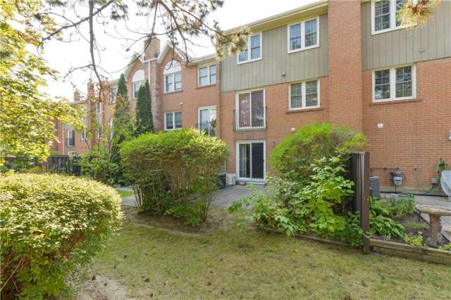 Condo Townhouse at 1951 Rathburn Rd E, Unit 200, Mississauga, Ontario. Image 13