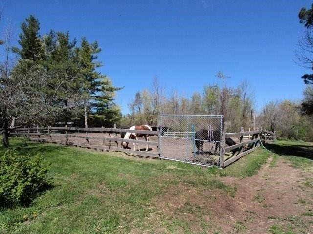 Detached at 4075 20th Sdrd, Milton, Ontario. Image 13