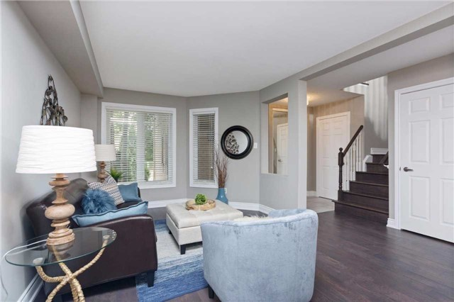 Detached at 5390 Flatford Rd, Mississauga, Ontario. Image 16