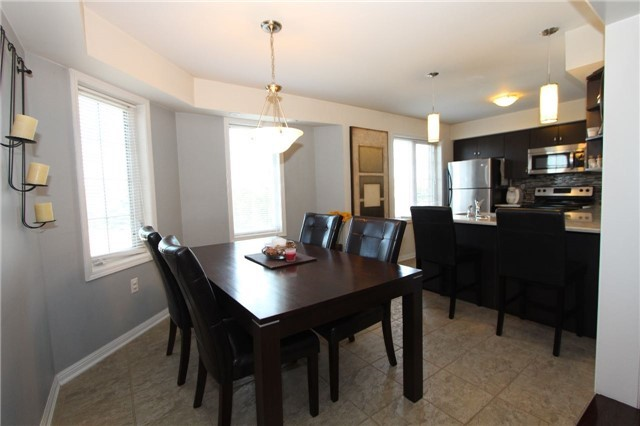 Condo Townhouse at 2614 Dashwood Dr, Unit 35, Oakville, Ontario. Image 15