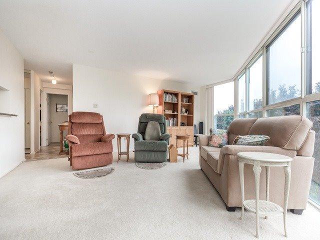 Condo Apartment at 2091 Hurontario St, Unit 408, Mississauga, Ontario. Image 18