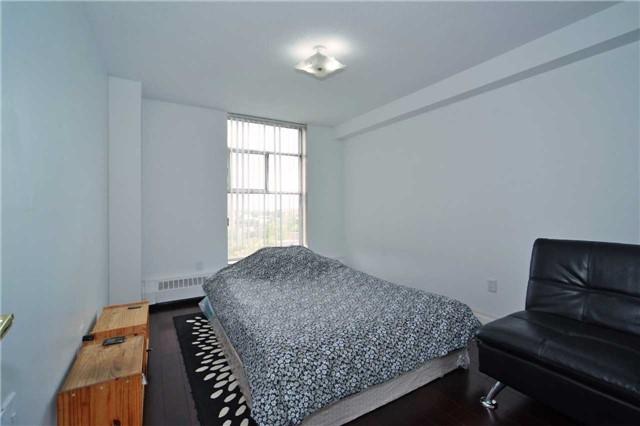 Condo Apartment at 345 Driftwood Ave, Unit 1006, Toronto, Ontario. Image 11