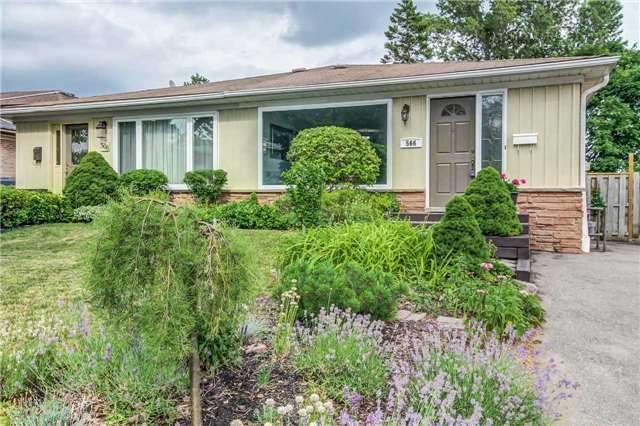 Semi-detached at 566 Tedwyn Dr, Mississauga, Ontario. Image 15