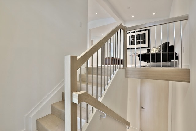 Detached at 3098 The Credit Woodlands, Mississauga, Ontario. Image 12