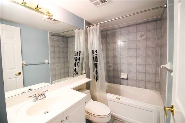 Condo Apartment at 35 Kingsbridge Garden Circ, Unit 2704, Mississauga, Ontario. Image 11