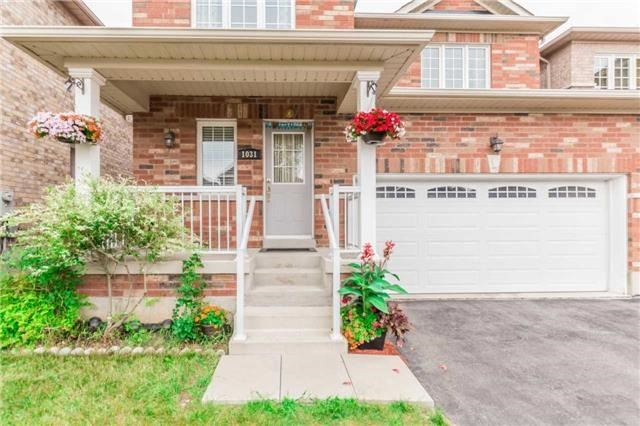 Detached at 1031 Eager Rd, Milton, Ontario. Image 12