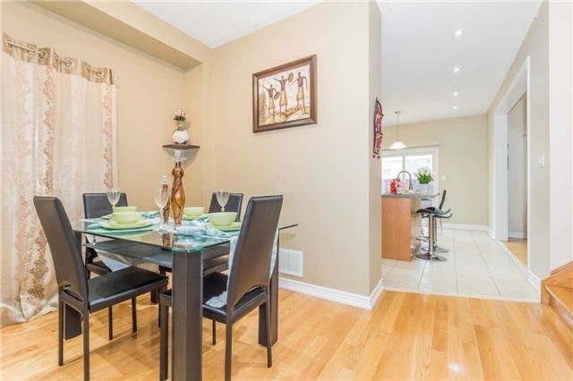 Detached at 1031 Eager Rd, Milton, Ontario. Image 16