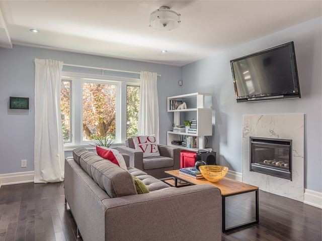 Detached at 33 Riverview Gdns, Toronto, Ontario. Image 14