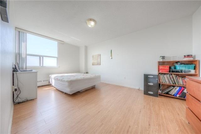 Condo Apartment at 551 The West Mall, Unit 1605, Toronto, Ontario. Image 2