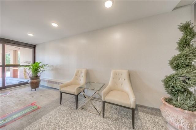 Condo Apartment at 551 The West Mall, Unit 1605, Toronto, Ontario. Image 10