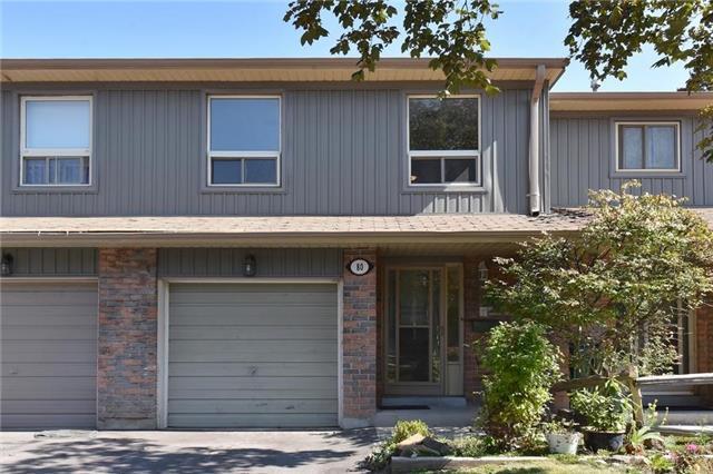 Condo Townhouse at 60 Hanson Rd, Unit 80, Mississauga, Ontario. Image 1