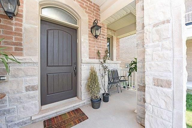 Detached at 3224 Carding Mill Tr, Oakville, Ontario. Image 12