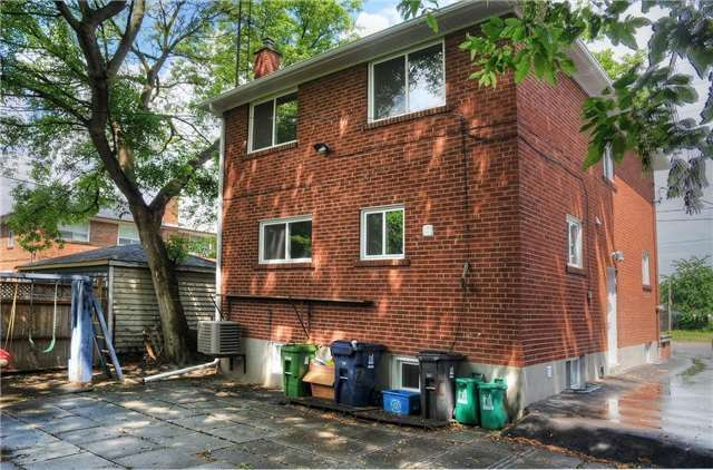 Detached at 1 Hillborn Ave, Toronto, Ontario. Image 13