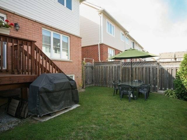 Semi-detached at 4838 Valera Rd, Burlington, Ontario. Image 11
