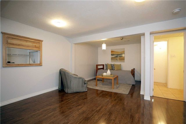 Condo Townhouse at 1055 Shawnmarr Rd, Unit 190, Mississauga, Ontario. Image 9
