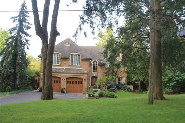 Detached at 1256 Glen Rd, Mississauga, Ontario. Image 14