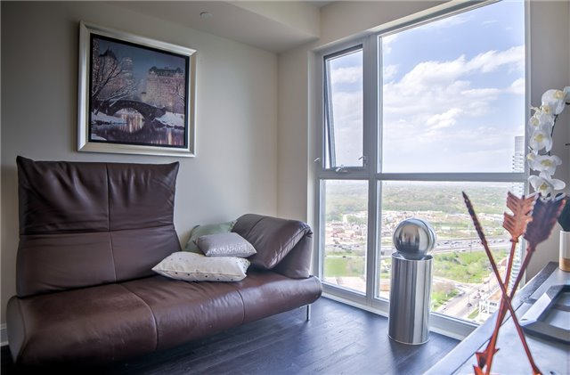 Condo Apartment at 2175 Lake Shore Blvd W, Unit 3206, Toronto, Ontario. Image 20