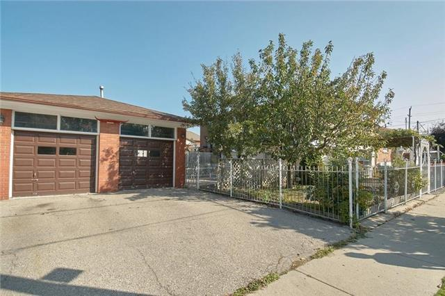 Detached at 980 Caledonia Rd, Toronto, Ontario. Image 13