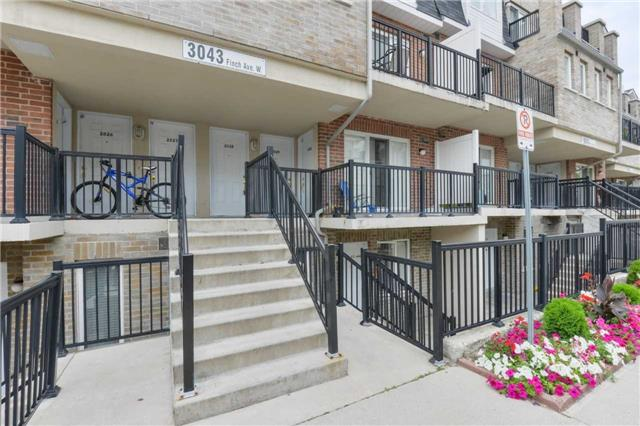 Condo Townhouse at 3043 Finch Ave W, Unit 2029, Toronto, Ontario. Image 9