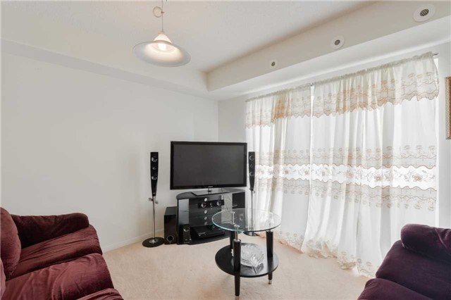 Condo Townhouse at 3043 Finch Ave W, Unit 2029, Toronto, Ontario. Image 11