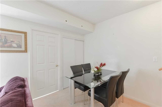 Condo Townhouse at 3043 Finch Ave W, Unit 2029, Toronto, Ontario. Image 12