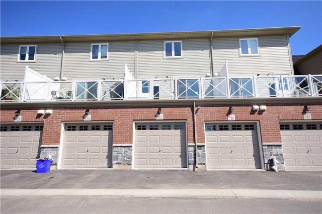 Condo Townhouse at 1380 Costigan Rd, Unit 125, Milton, Ontario. Image 9