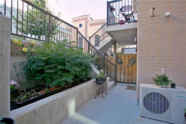 Condo Townhouse at 13 Foundry Ave, Unit 140, Toronto, Ontario. Image 8